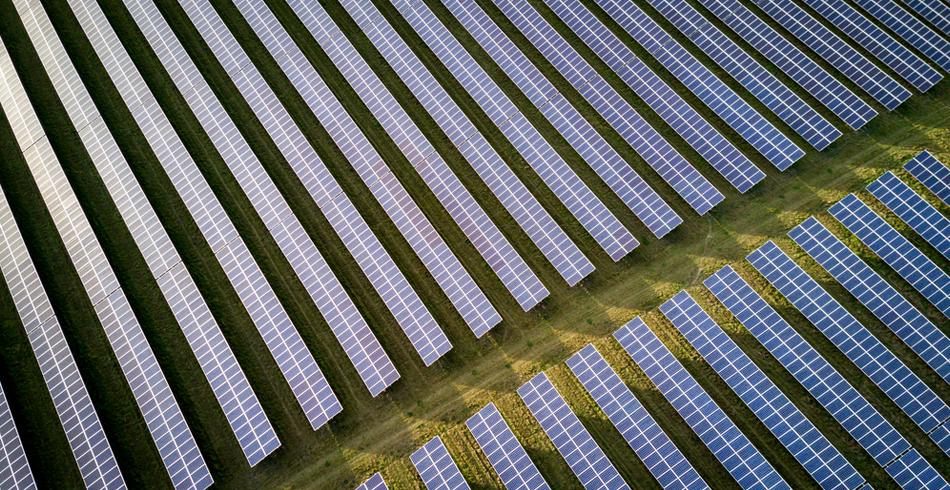 Roberstown, Canadian Solar, Mobilong Solar Farm, Australian solar, clean energy